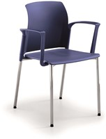 A20 - kunststof koppelbare en stapelbare stoel met armleggers