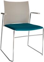 A450-30 - kunststof zaalstoel met gestoffeerde zitting, armleggers, goed stapelbaar