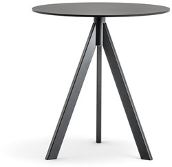 Arki 3 - kleine design tafel met een volkern blad in rond of vierkant en 3 schuine poten