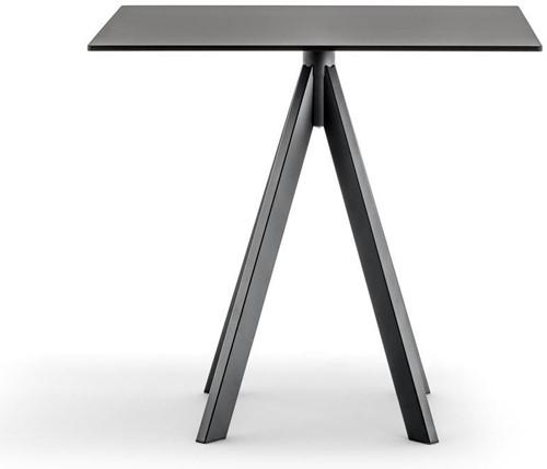 Arki 4 - kleine design tafel met een volkern blad en 4 schuine poten-3