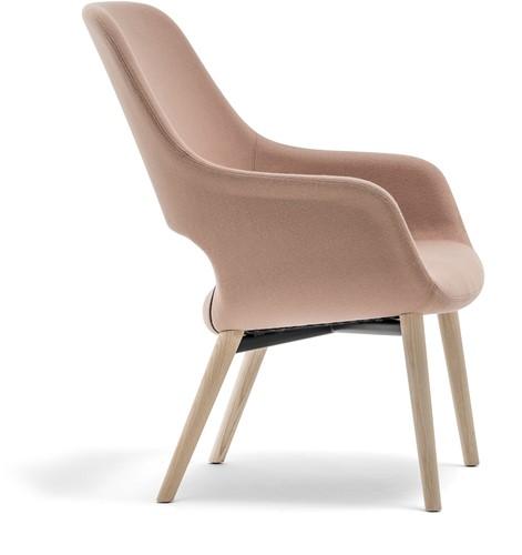 Babila Comfort 2759 - gestoffeerde loungestoel met houten frame. FSC 100% gecertificeerd