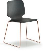 Babila 2720 - houten stoel met sledeframe FSC 100% gecertificeerd