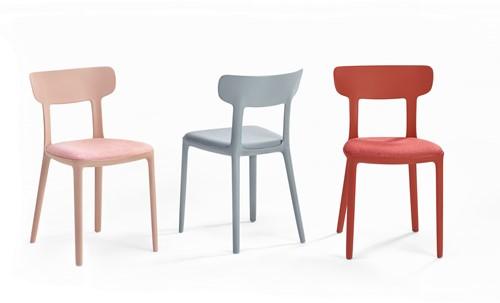 Canova - kunststof design stoel met ronde vormen en een gestoffeerde zitting-2
