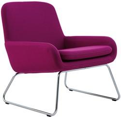 Coco SL - gestoffeerde lounge stoel/ fauteuil met sledeframe