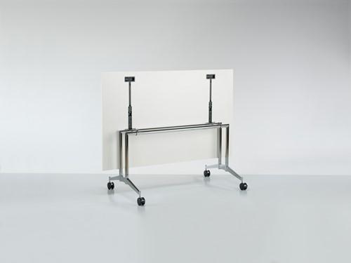 Contact MO8591 tafel - Magnus Olesen, verrijdbare en kantelbare tafel-2
