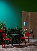 Arki 3 - kleine design tafel met een volkern blad in rond of vierkant en 3 schuine poten-3