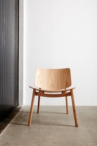 Freya MO4731 Lounge WOOD- Magnus Olesen houten loungestoel, frame eiken of beuken, zitting en rug eiken of beuken fineer-2