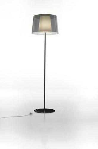 L001ST/BA - Staande lamp met een smalle en brede kunststof kap