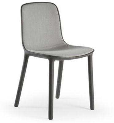 Mali - stoel van gerecycled kunststof met gestoffeerde zitting
