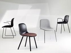 Mani 4L ARM Zitkussen - vriendelijk vormgegeven stoel mt gestoffeerde zitting.