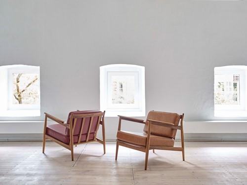 MO 107 Armfauteuil  - Magnus Olesen Lounge stoel, ontwerp Ib Kofod-Larsen-2
