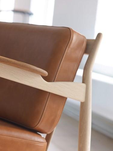 MO 107 Armfauteuil  - Magnus Olesen Lounge stoel, ontwerp Ib Kofod-Larsen-3