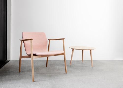 Butterfly MO5369 Lounge Classic - Magnus Olesen loungestoel met armleggers, frame massief hout, zitschaal volledig gestoffeerd-3
