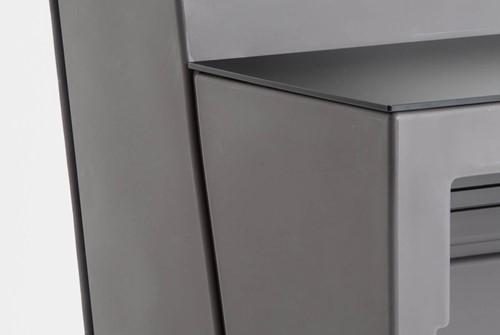 Oblique balie hoekelement gestoffeerd in G62, stiknaden, top zwart methacrylaat