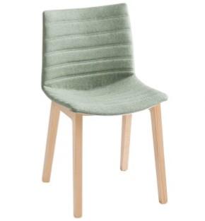 Point Wood Full - gestoffeerde stoel met houten poten - BEUKEN (FA) - Kvadrat - Umami - 441