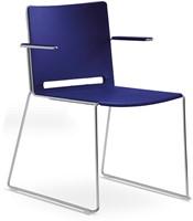 Qliq A650 - voordelige kunststof zaalstoel met armleggers, goed stapelbaar