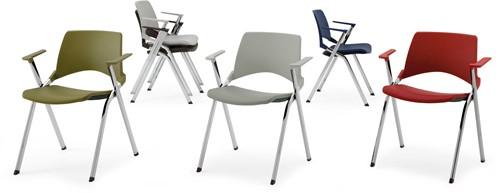A140 - makkelijk koppelbare 4-poots kunststof design stoel met armleggers, verticaal stapelbaar-3