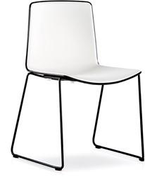 Tweet 897 - strak vormgegeven moderne kunststof sledeframe stoel met 2-kleurige zitschaal