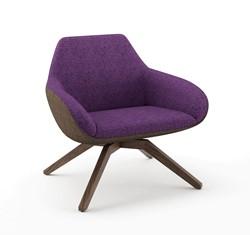 X-Big 2050 Fauteuil - ruime gestoffeerde lounge fauteuil met houten poten